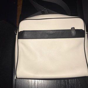 Coach Messenger Bag (unisex)
